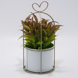 Planta Artificial Macetero Metal Corazon Bighouse